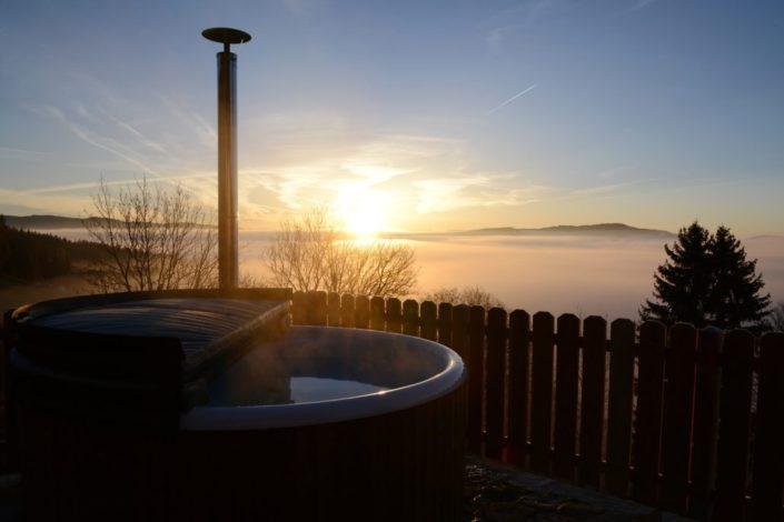 Hot Pot oberhalb der Nebelgrenze