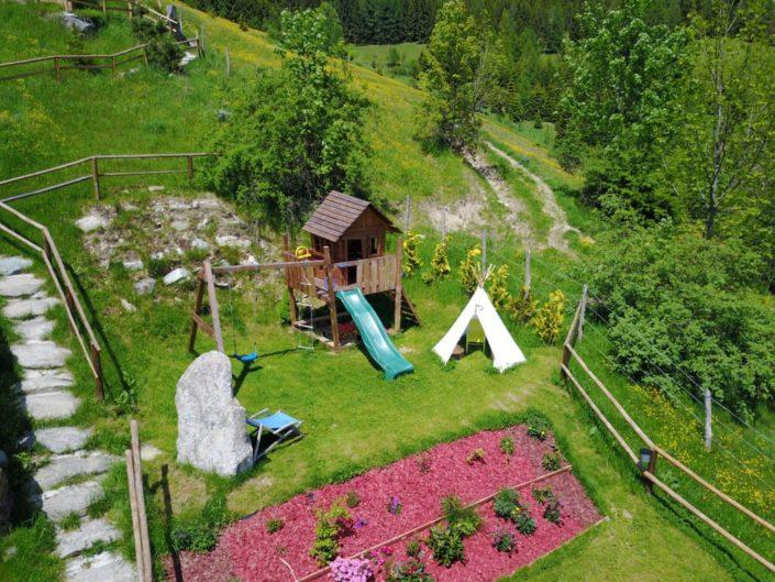 Luftaufnahme Kinderspielplatz